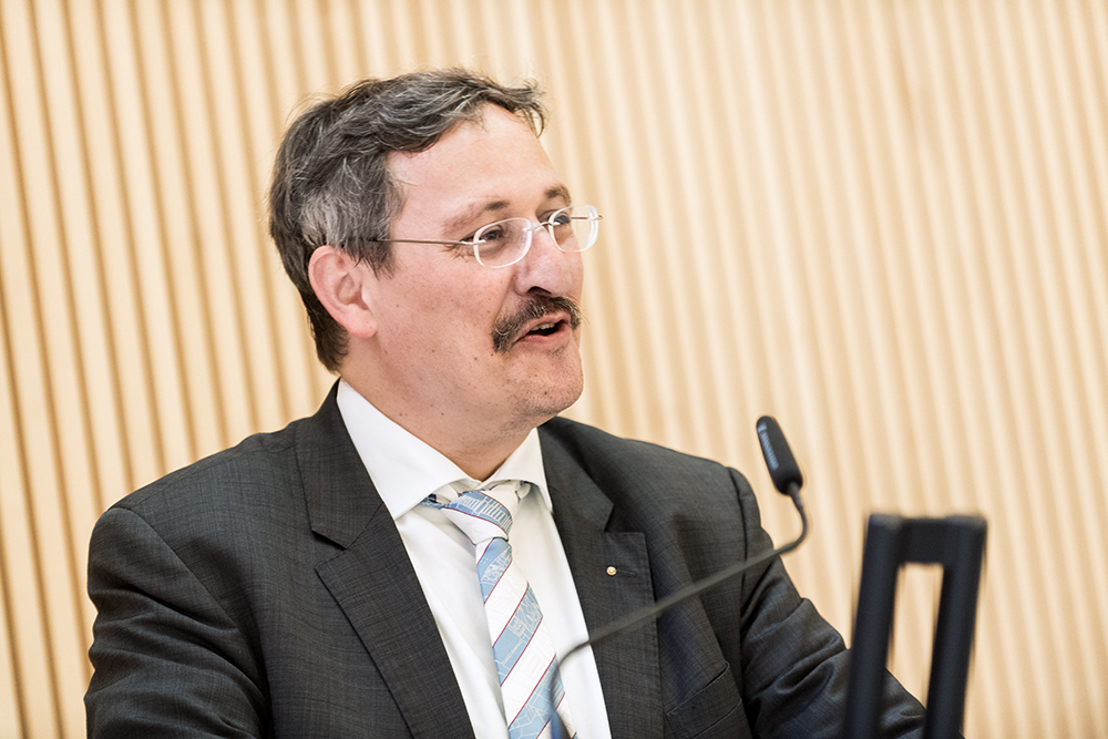 <p>The rektor of UZH, Prof. Michael Hengartner, spoke the opening address.</p>